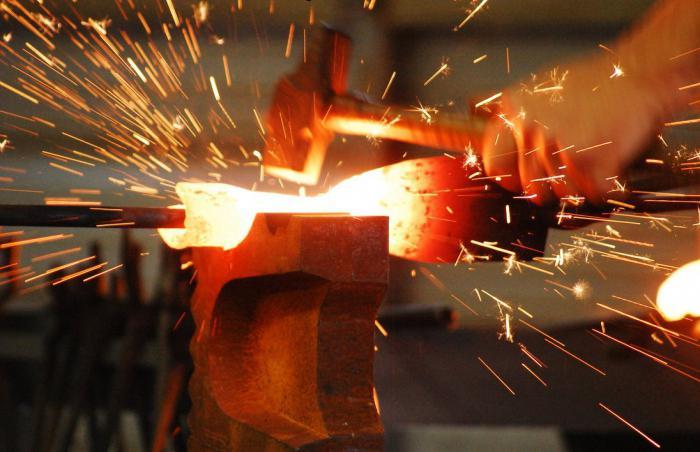 В каком состоянии металлы лучше поддаются ковке? Какой металл лучше использовать в ковке