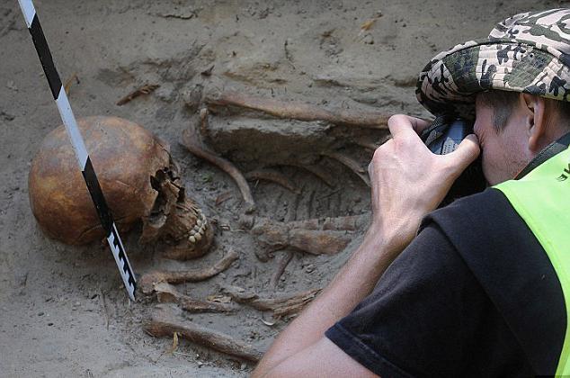 Раскопки солдат вов рязань продажа серебряных монет