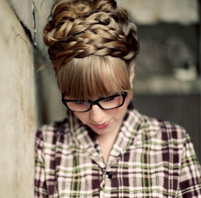 прически на длинные волосы по шагам