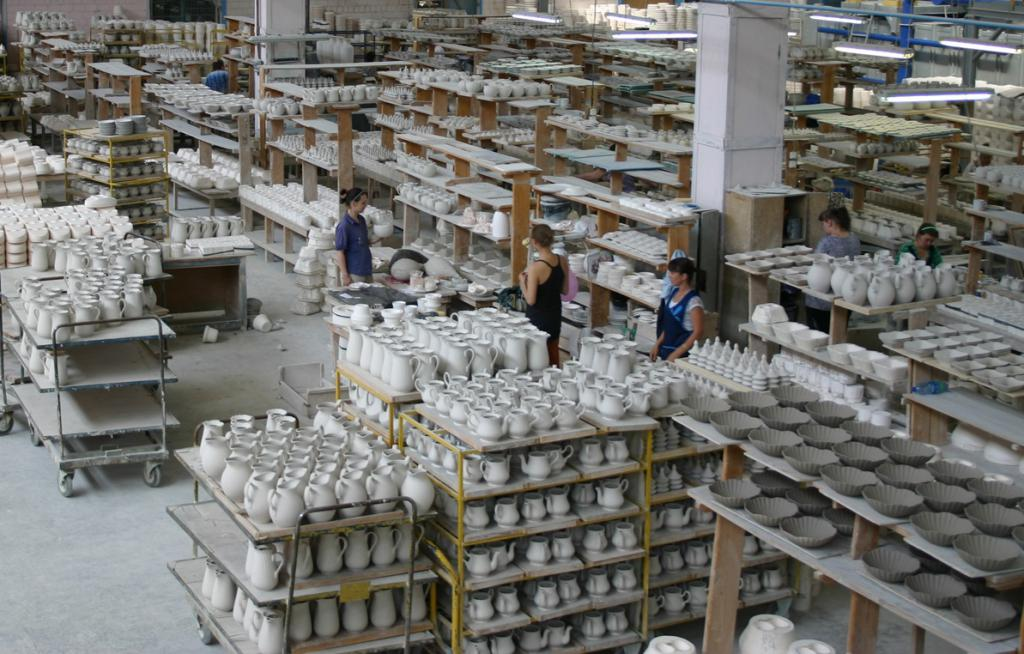много картинка завода строительного фарфора скорлупы, обложки кожи