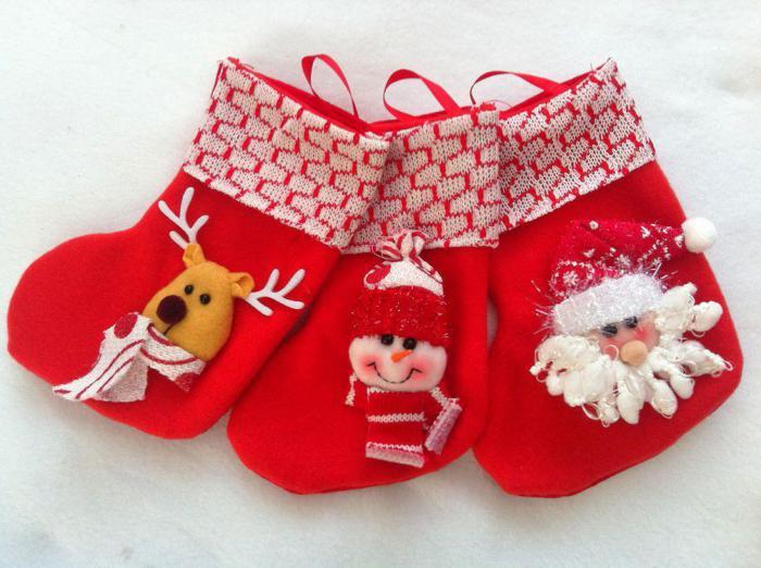 вышивка новогодний сапожок