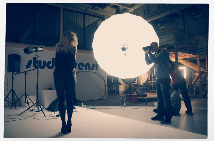 Бэкстейдж - это то, что необходимо каждому фотографу и видеооператору