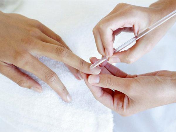 сколько стоит шеллак для ногтей
