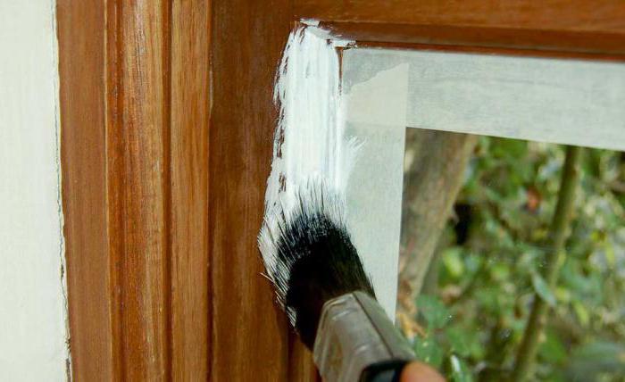 как покрасить деревянные окна по старой краске
