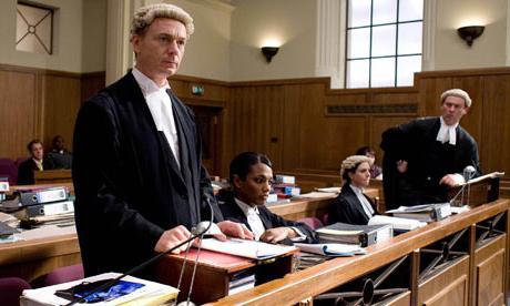 Немного ниже в иерархической структуре правовых актов находятся законы.