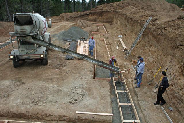 Сколько стоит заливка фундамента под дом в Химках