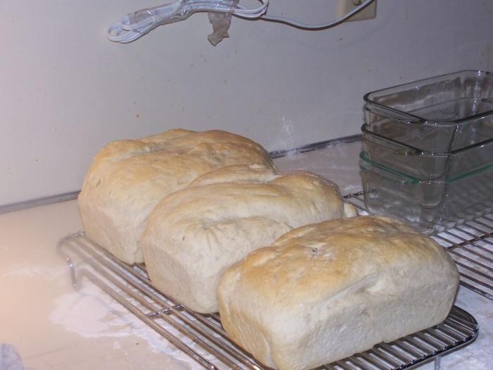 Видео как печь хлеб в домашних условиях