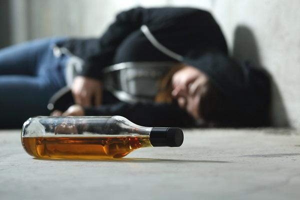 алкогольный галлюциноз характеризуется