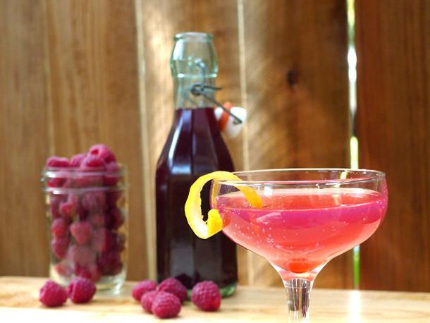 Как сделать вино из малинового варенья в домашних условиях