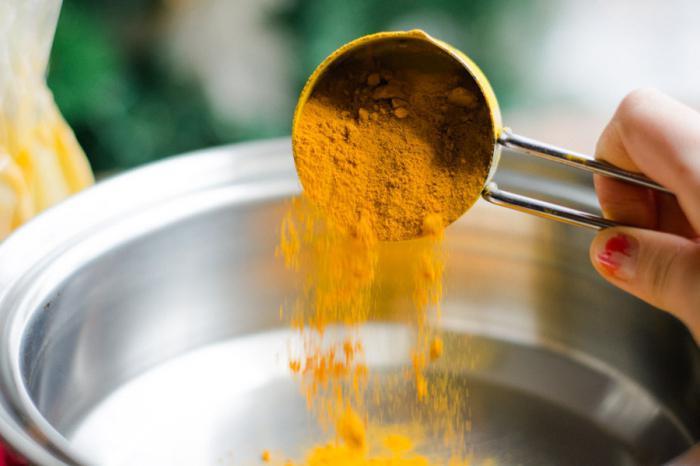 Золотое молоко с куркумой: противопоказания, свойства, отзывы
