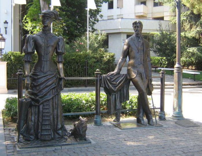 Памятники литературным авторские в россии фото величественный памятник 8 букв