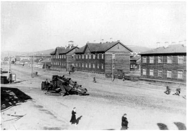 Площадь Пять Углов (1946)