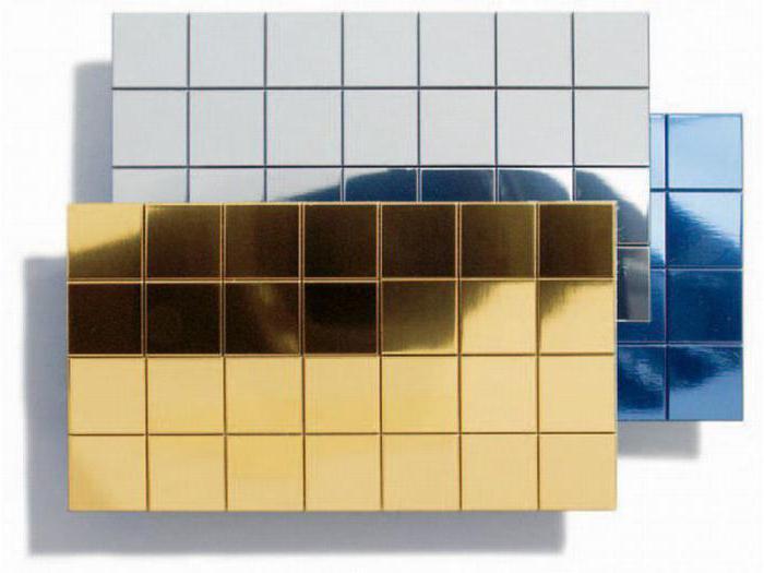 зеркальные стеновые панели на самоклеющейся основе