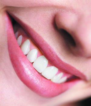 Болячка в уголке губ