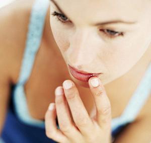 аллергия на сухой воздух в квартире симптомы