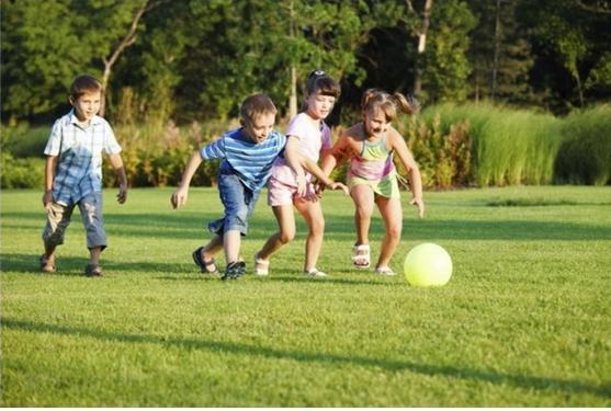игры для знакомства в лагере с мячом