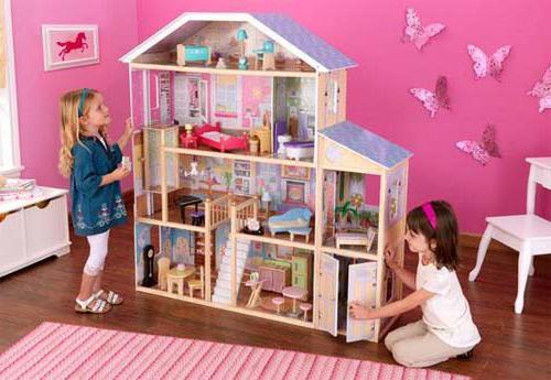 Что подарить на 4 года девочке