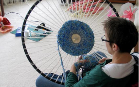 плетение ковриков на каркасе