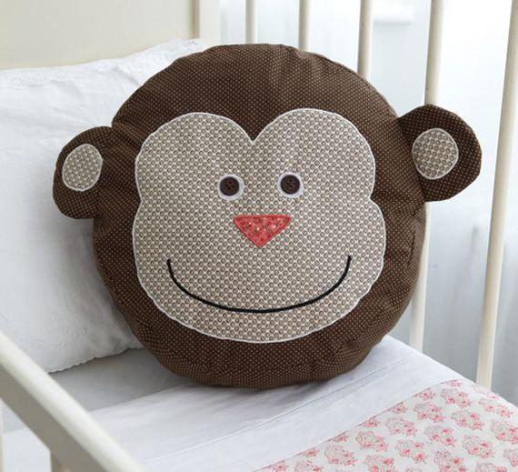 сшить подушку обезьянку