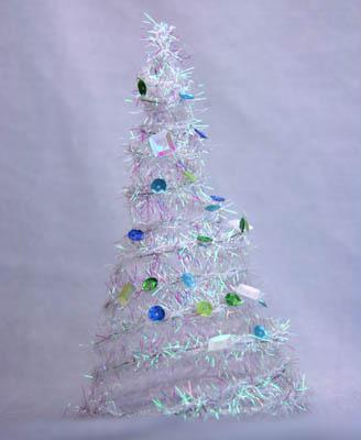 елка своими руками из мишуры