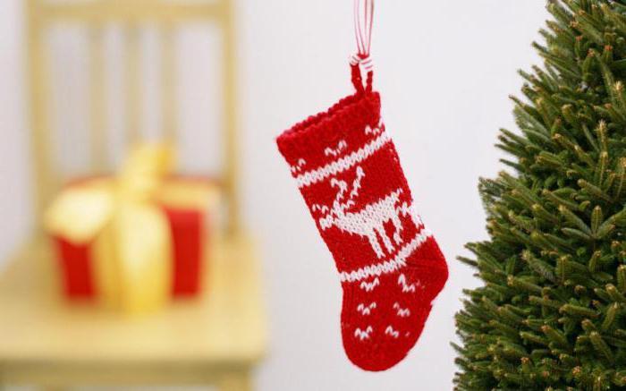 новогодние носки спицами