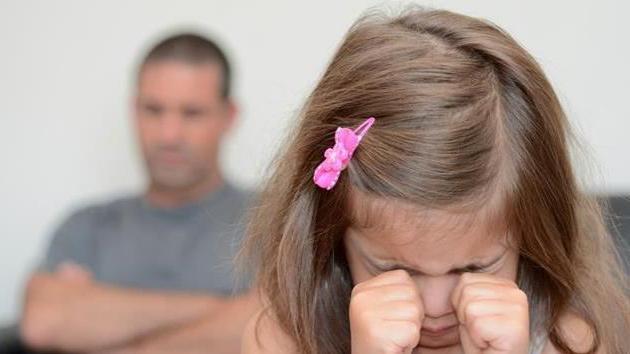 Лишение отца родительских прав: судебная практика, образец искового заявления, основания (Семейный кодекс)