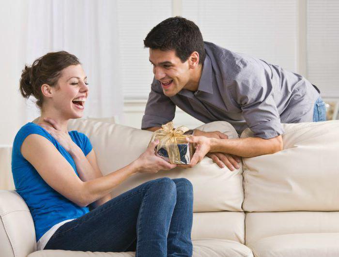 можно подарить жене на рождение сына
