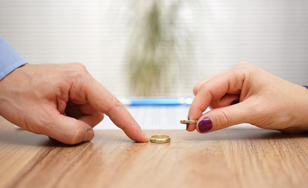 расторжение брака по инициативе осужденного момент, когда