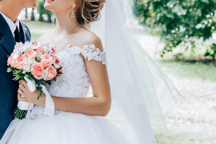 Со скольки можно жениться в России