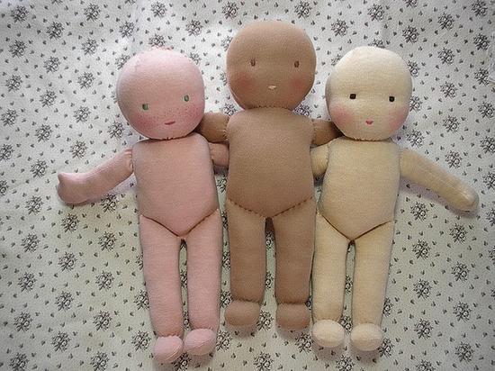 Веселые куклы из колготок