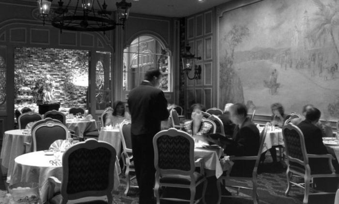 История ресторанов с самого их возникновения