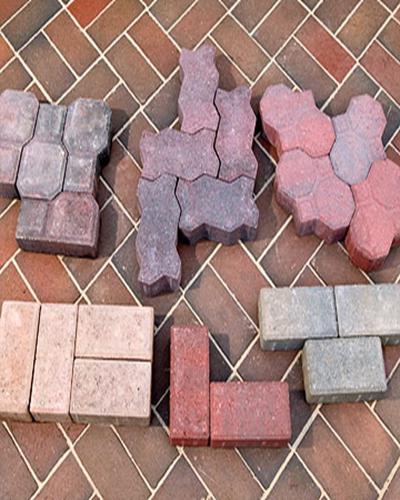 чем покрыть бетонные дорожки на даче