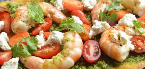 салат с креветками кальмарами сыром