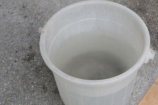 Чем лучше мыть окна пластиковые