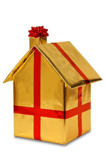 Как лучше оформить отчуждение недвижимости путем договора дарения