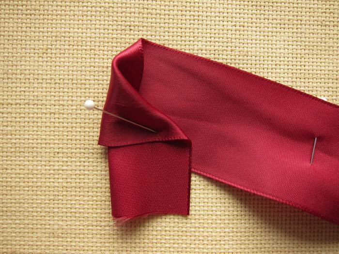Мастер-класс: розочка из атласной ленты. Идеи для рукоделия и творчества