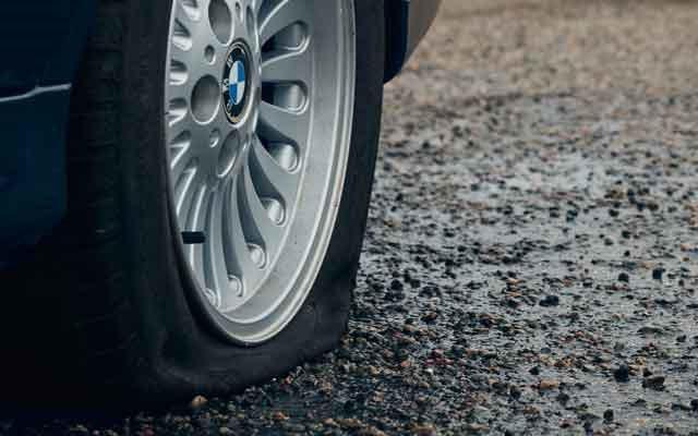 Сколько спускает колесо