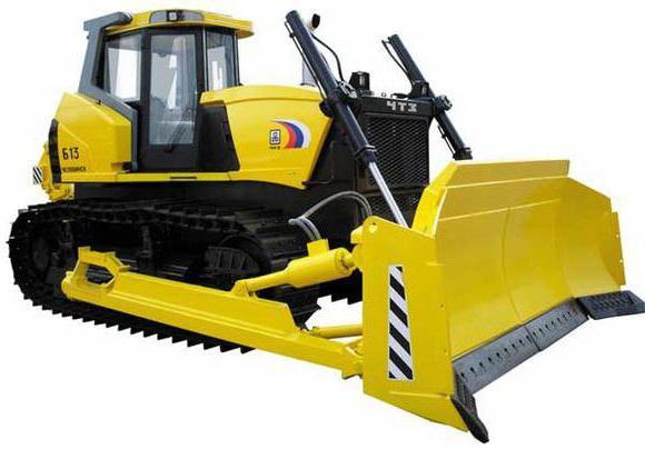 Российский гусеничный трактор