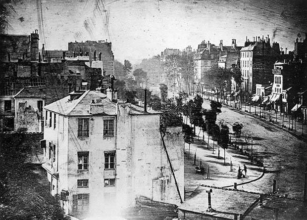 Первый фотоаппарат история
