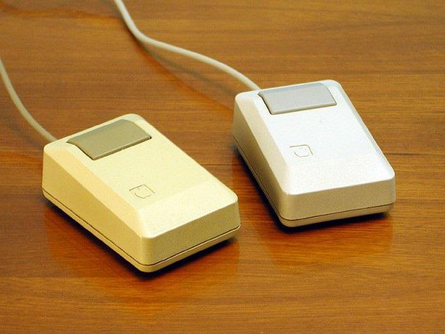 первая в мире компьютерная мышь