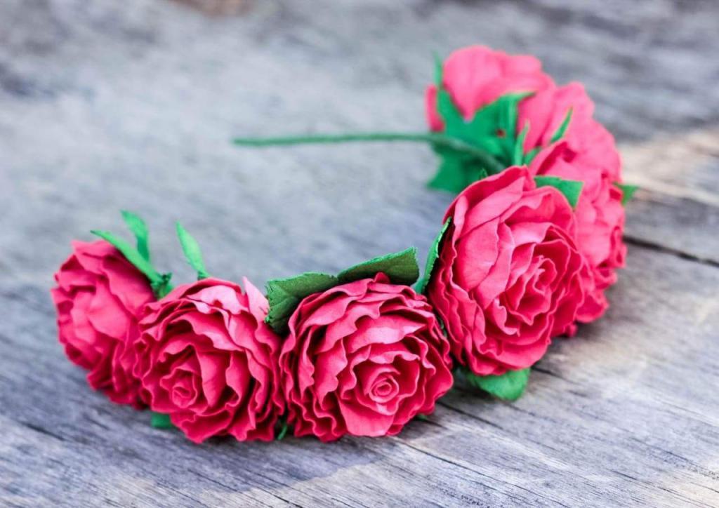 ободок с розами из фоамирана