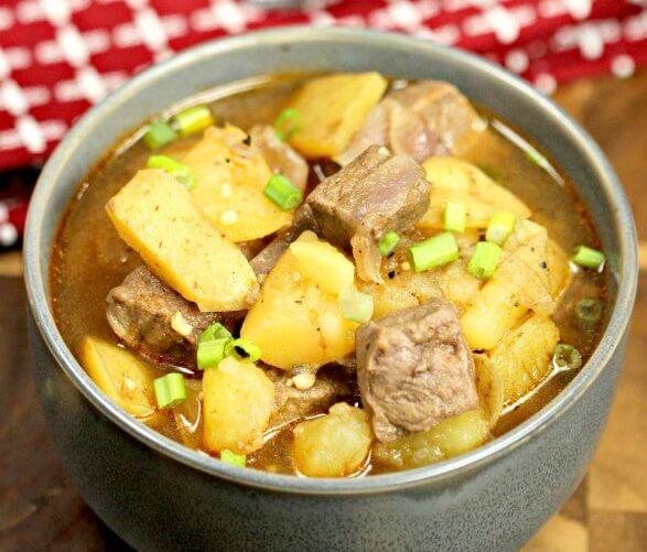Как приготовить картошку с мясом в кастрюле: рецепты и советы