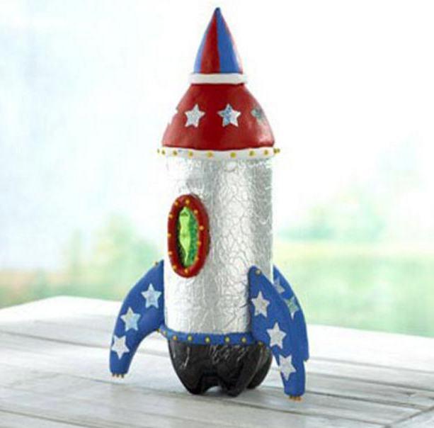 Как сделать из бутылки ракету для детского сада