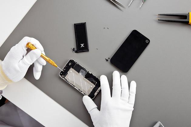 Что делать если не выключается телефон. Телефон не выключается когда нажимаешь на кнопку: что делать?