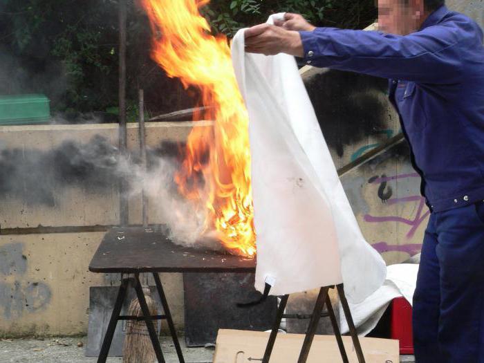 правила пользования первичными средствами пожаротушения