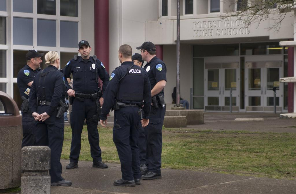 Сотрудничество школ с органами безопасности