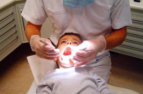преимущества метода серебрение молочных зубов