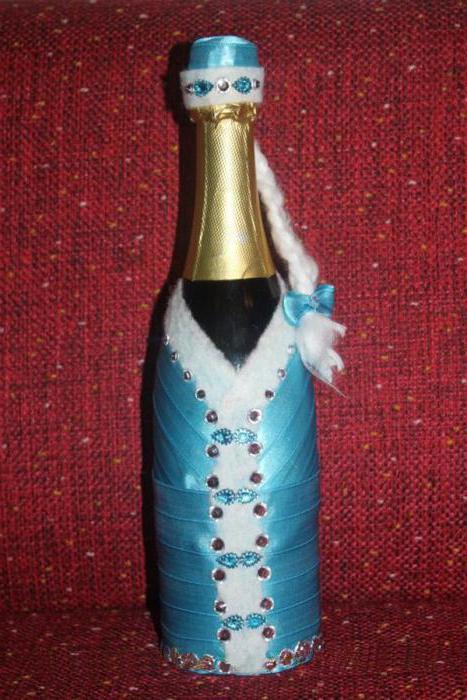 как сделать снегурочку из бутылки