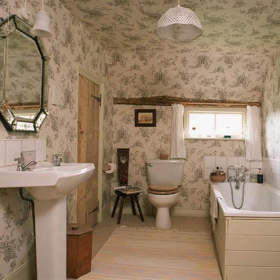 потолок в туалете и ванной комнате
