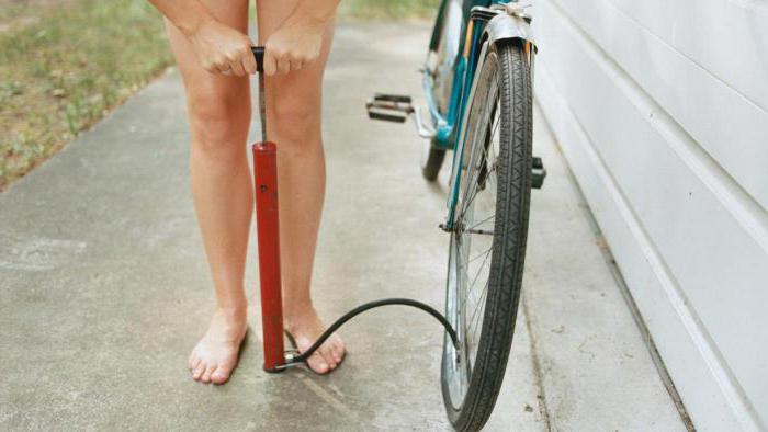 как накачивать колеса велосипеда